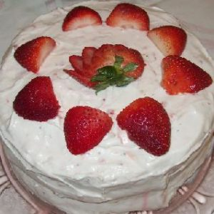 Fresh-Strawbery-Cake-Kitchen-Cuisine.jpg
