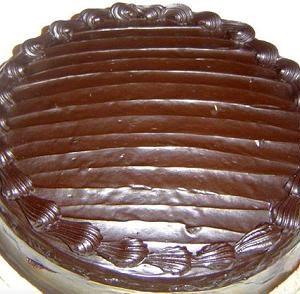 Kit-Kat-Cake-Masooms.jpg