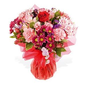 ValentineFlowersgiftPakistan12.jpg