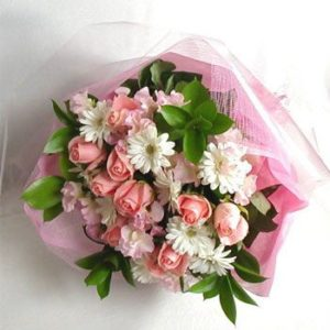ValentineFlowersgiftPakistan13.jpg