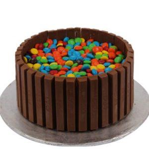 mm-kitkat-cake-sachas